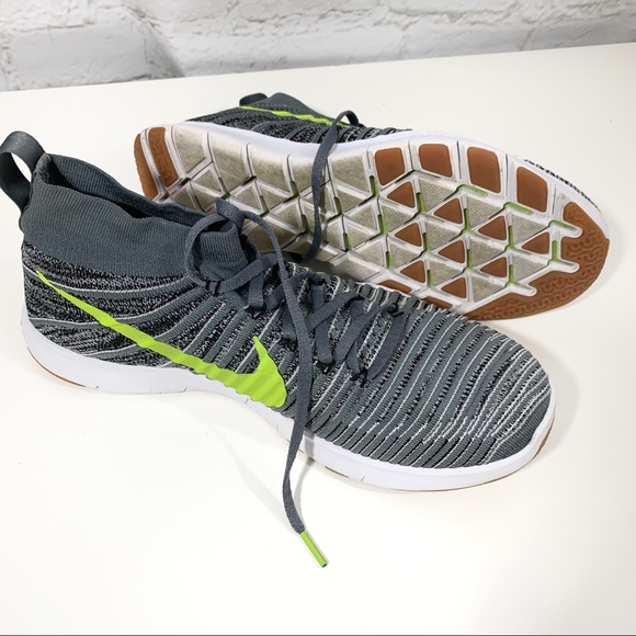 Nike free train force flyknit shoes